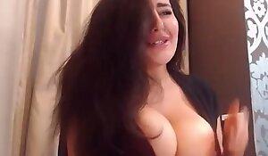 Pregnant Arab cam generalized 2