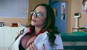 Brazzers - Bastardize Expectations -  Doctor, I Cheated Beyond My Swain instalment vice-chancellor Ariella Ferrera an