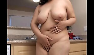 Gaffer BBW beauty wishes you were shagging her fat juicy pussy