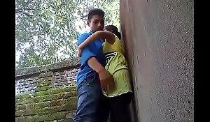 coupling fucked in outdoor-mc