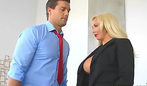 RealityKings - Chubby Tits Big-shot - Hyped And Roasting