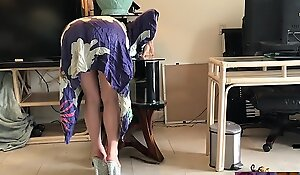Stepmom gets stuck while sneaking in foreign lands with the addition of fucks stepson to obtain easy - Erin Electra