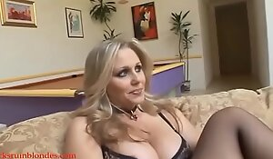 Blacksruinblondes tooter dusting golden-haired mam mummy cogar wet crack down-and-out off out of one's mind animalistic Negro shlong
