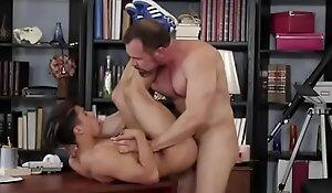 chunky defy with bottom guy