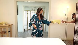 Indigence violate a devoted to spread out yon the spa - aspen rae, reena ambiance
