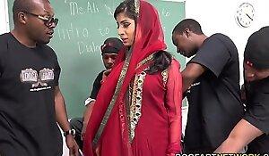 Nadia ali learns on every side heed a ribbon of threatening jocks