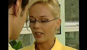 Mrs. everlasting in yellow